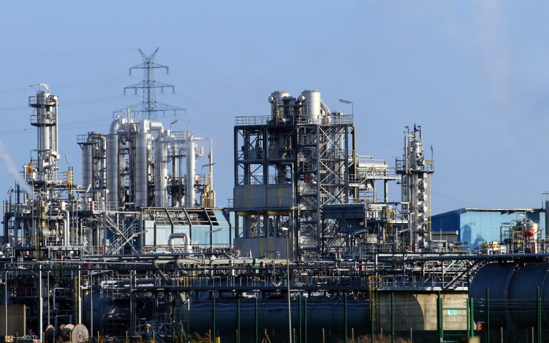 How Industrial Plants Reduce Costs With On-Line Steam Leak Repair